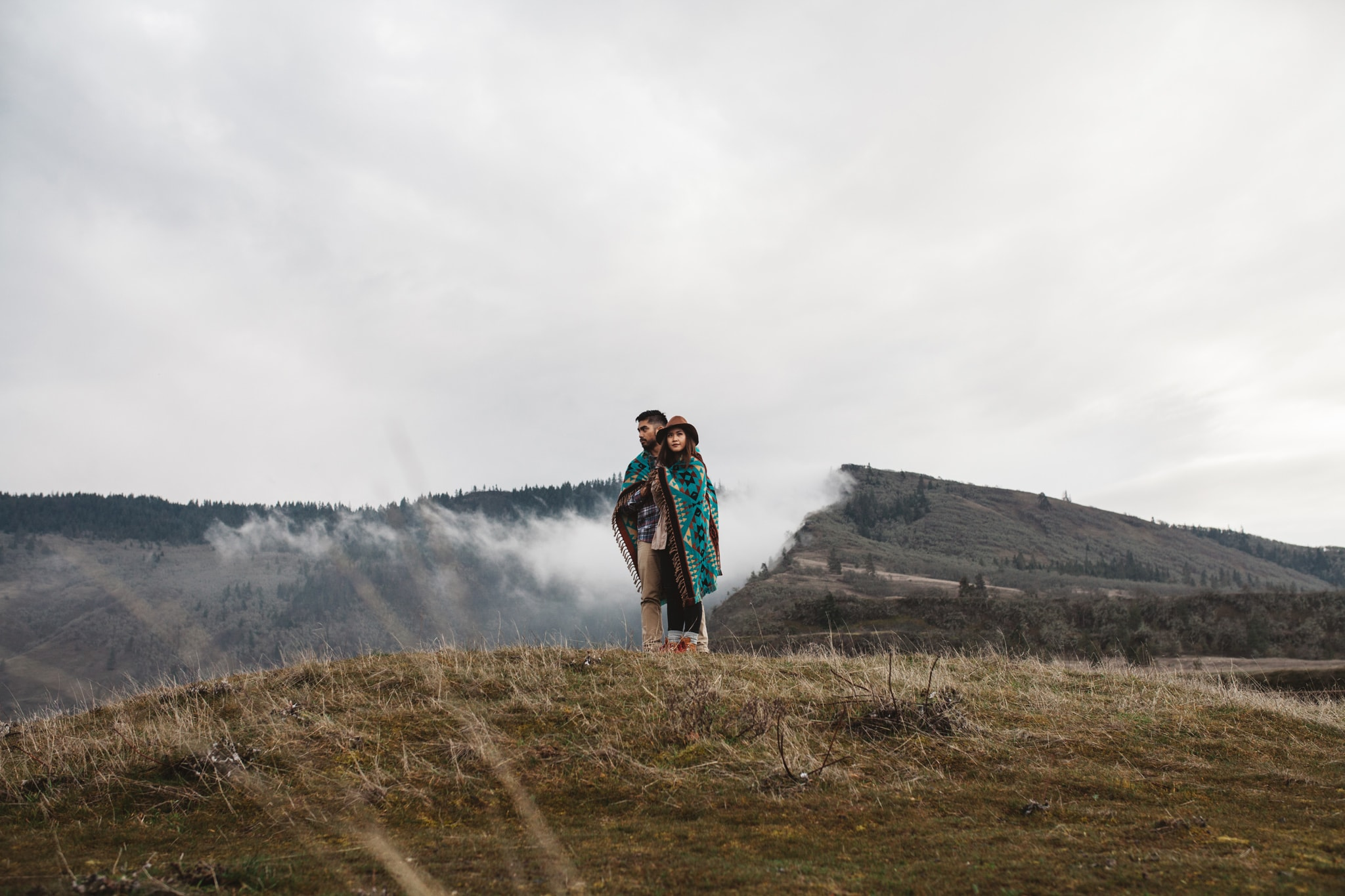 Pacific Northwest Rowena Crest engagement session fog outdoors by Marcela Pulido Portland Wedding Photographer