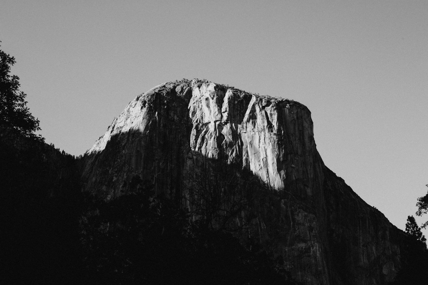 black and white sunrise on El Capitan for Anjali and Ben's Yosemite Elopement