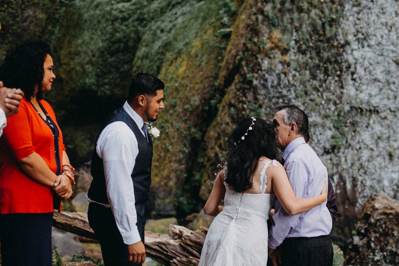 bride kissing dad Oregon Columbia River Gorge elopement